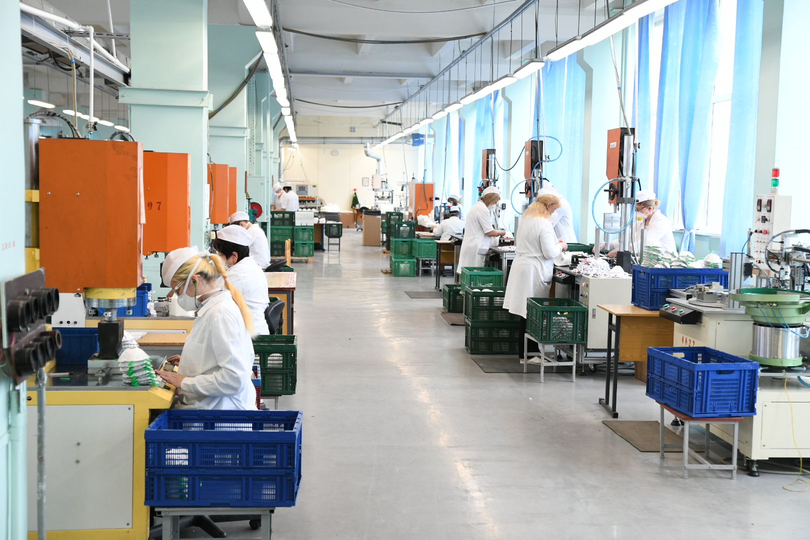 В Тверской области запустили новое производство медицинских масок - новости Афанасий
