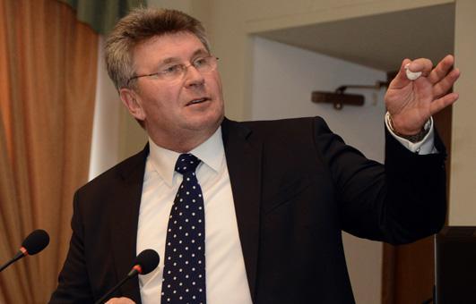 Пятый кандидат в региональный парламент зарегистрирован в Тверской области - новости Афанасий