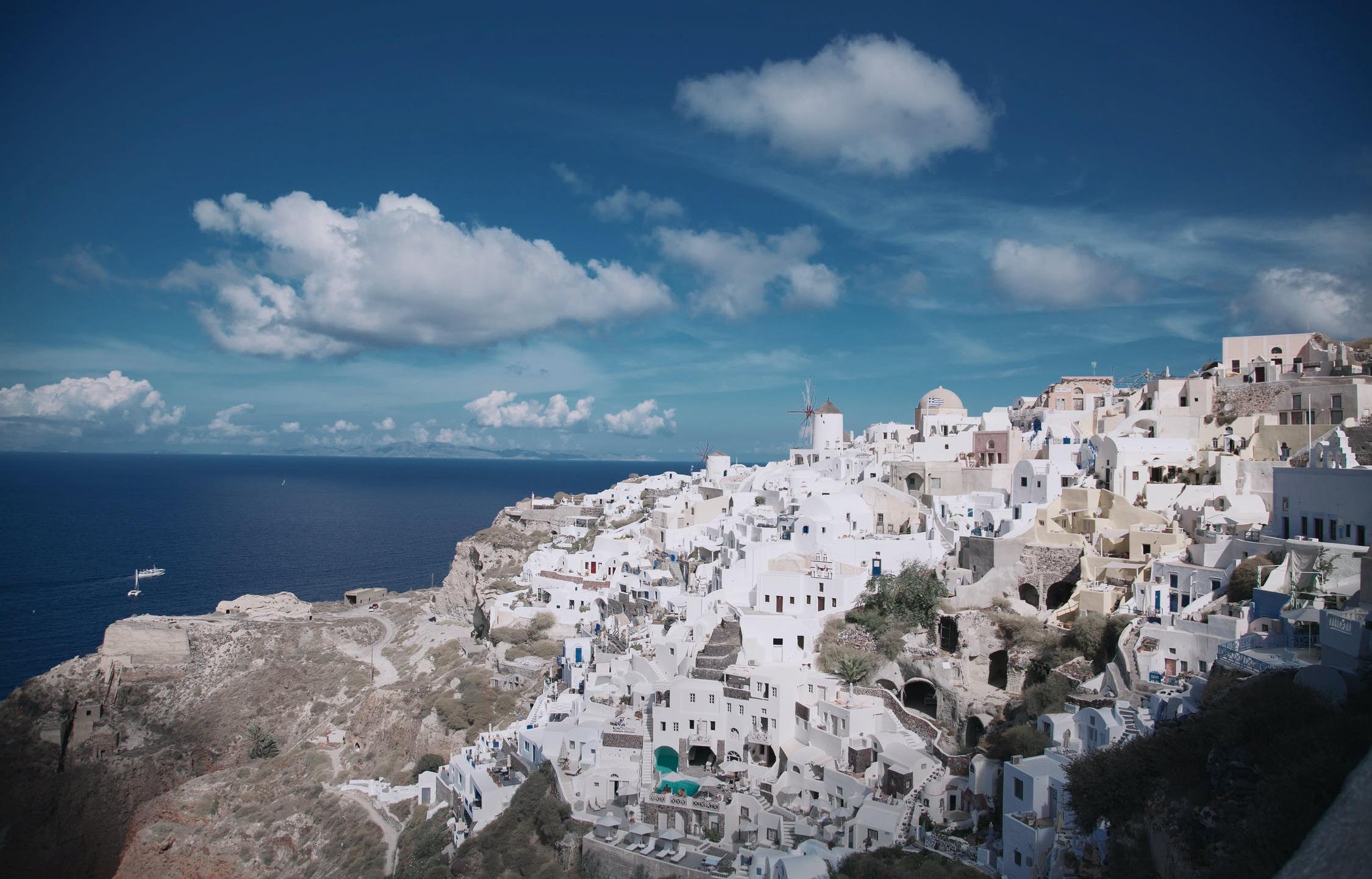 Россияне заинтересовались Грецией и Черногорией после закрытия Турции - новости Афанасий