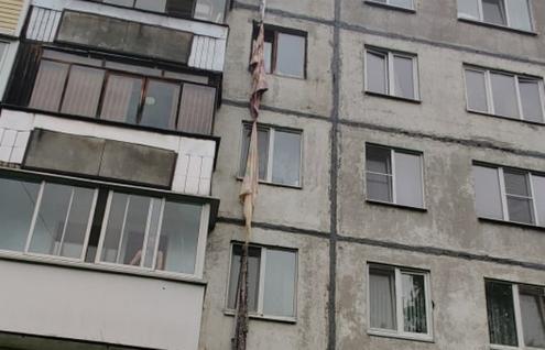 В Тверской области женщина разбилась насмерть, пытаясь спуститься по простыням из окна - новости Афанасий