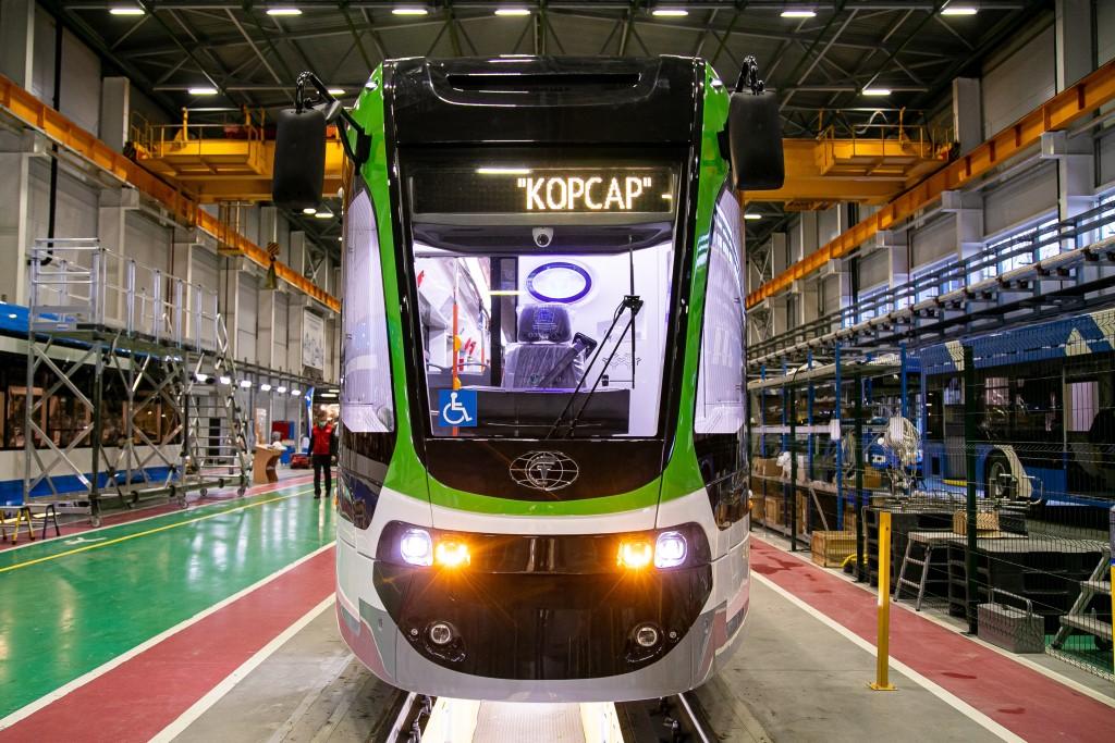 Произведенный в Твери инновационный трамвай «Корсар» тестируют в Калининграде