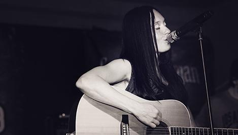 С новой концертной программой «Будет так» в Твери выступила певица Мара / фоторепортаж