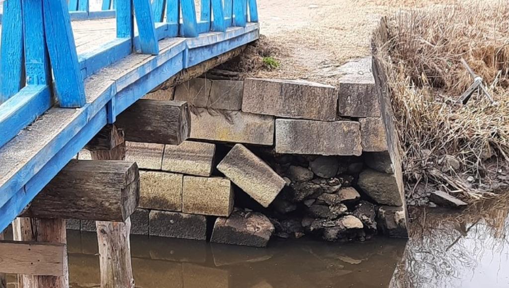 Жители Вышнего Волочка Тверской области обеспокоены состоянием Цнинского канала, реки Цны и набережной