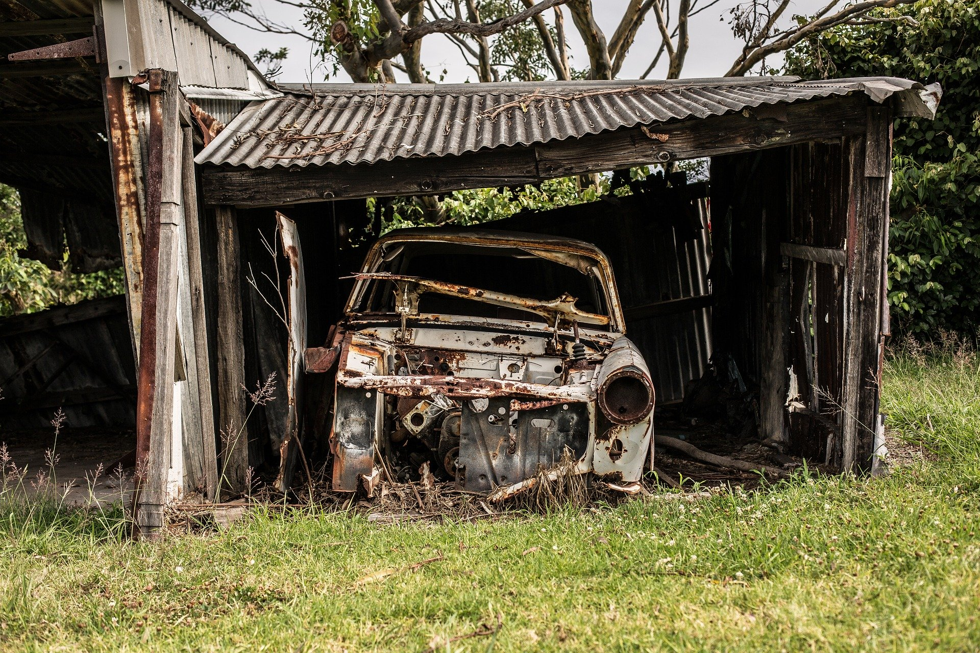 В Твери снесут незаконно установленные гаражи и заборы - новости Афанасий