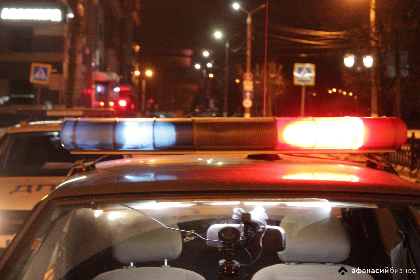Решивший съездить за спиртным пьяный житель Тверской области попал в ДТП на чужой машине