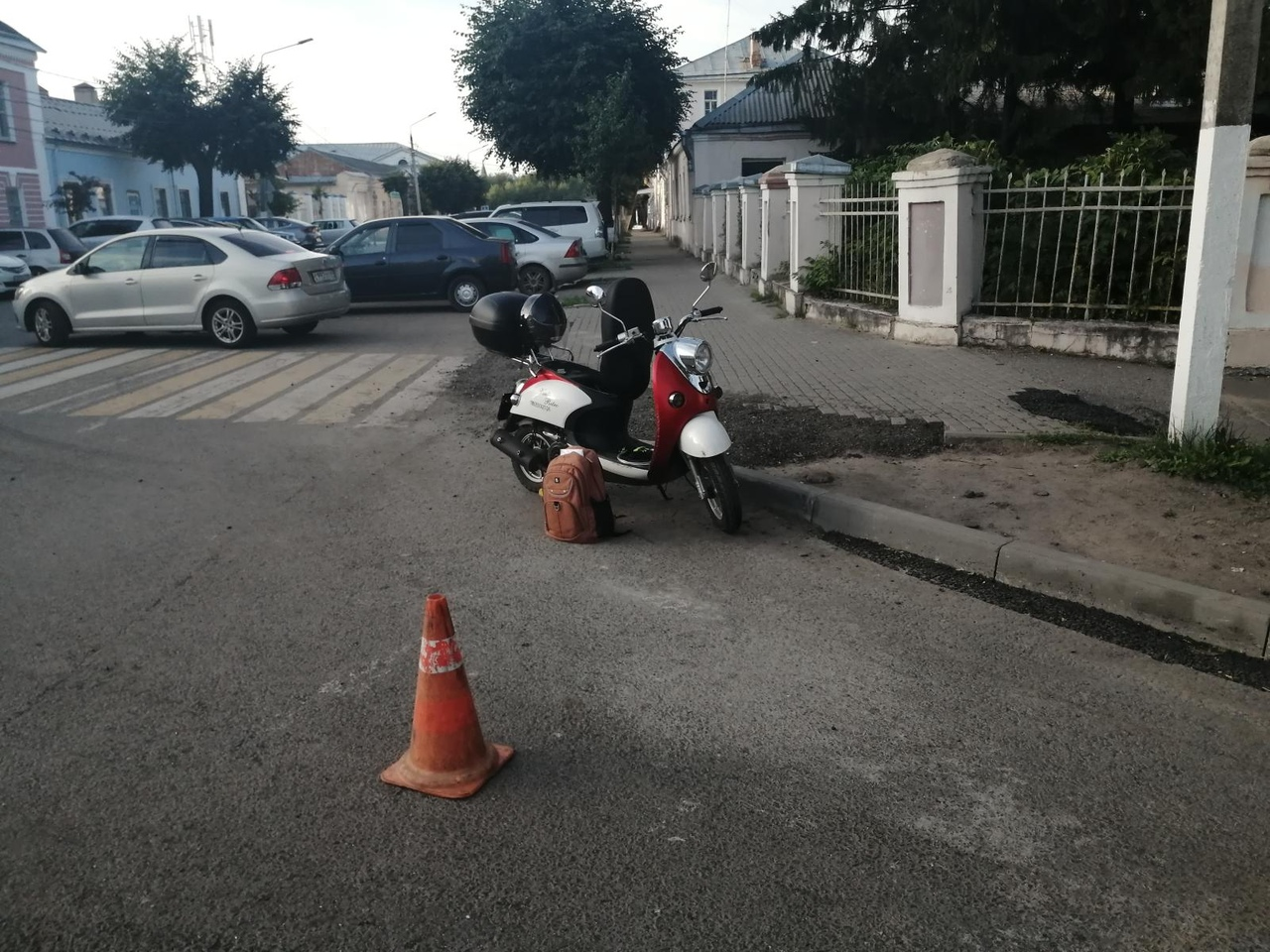 В центре Твери столкнулись иномарка и скутер, есть пострадавший - новости Афанасий