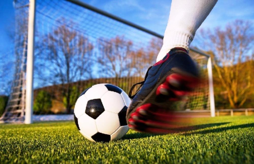Футболисты Политеха вышли в лидеры чемпионата города - новости Афанасий