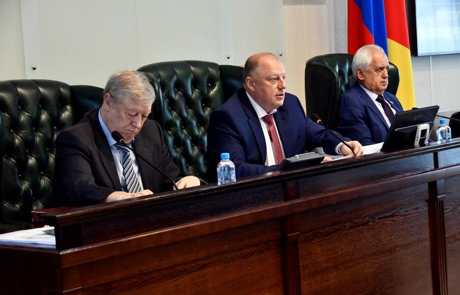 Внесены изменения в региональное законодательство о референдуме и местном референдуме - новости Афанасий