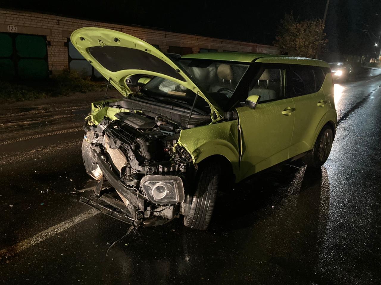 Два водителя пострадали в жестком ДТП в Тверской области - новости Афанасий