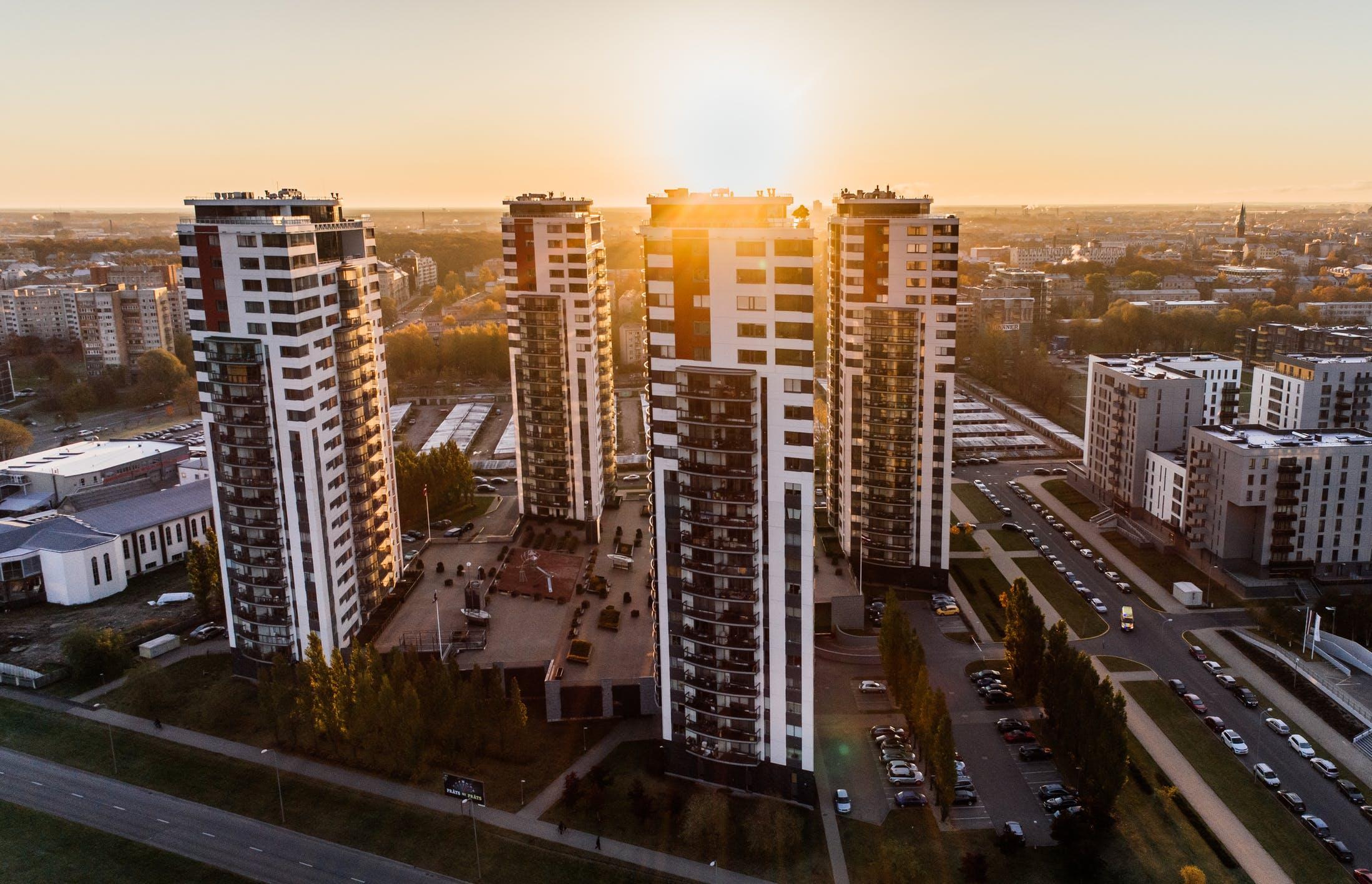 Жители Тверской области разбирают квартиры в новостройках по программе льготной ипотеки - новости Афанасий