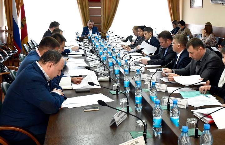 В областном парламенте состоялись совещания с представителями хлебопекарных производств Тверской области и представителями строительной отрасли региона - новости Афанасий
