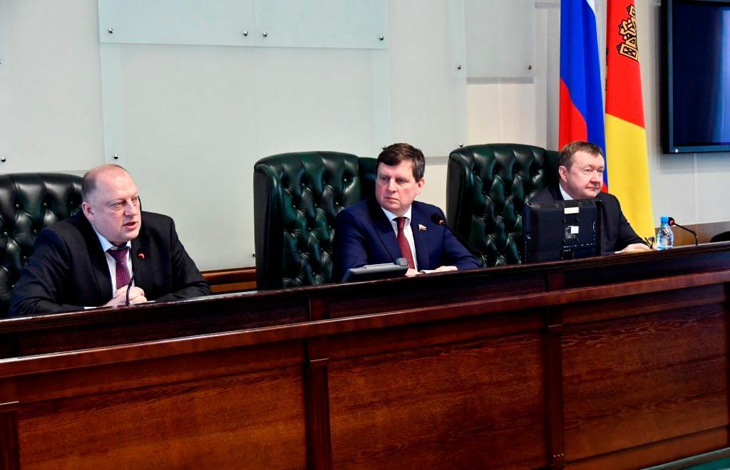 В Тверской области обсудили поправки к Конституции - новости Афанасий