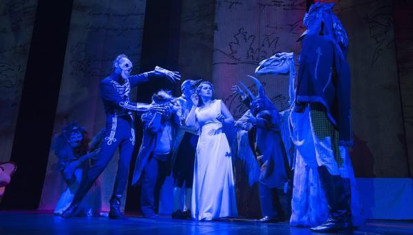 Нескучная классика. Театр драмы отыграл премьерные спектакли музыкально-драматической фантазии «Пушкин. Евгений Онегин»