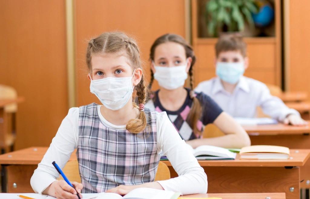 Как начнется учебный год в России: маски, вакцина от коронавируса, ВПР и горячее питание - новости Афанасий