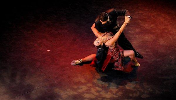 Жителей Твери приглашают на занятие по латиноамериканским танцам