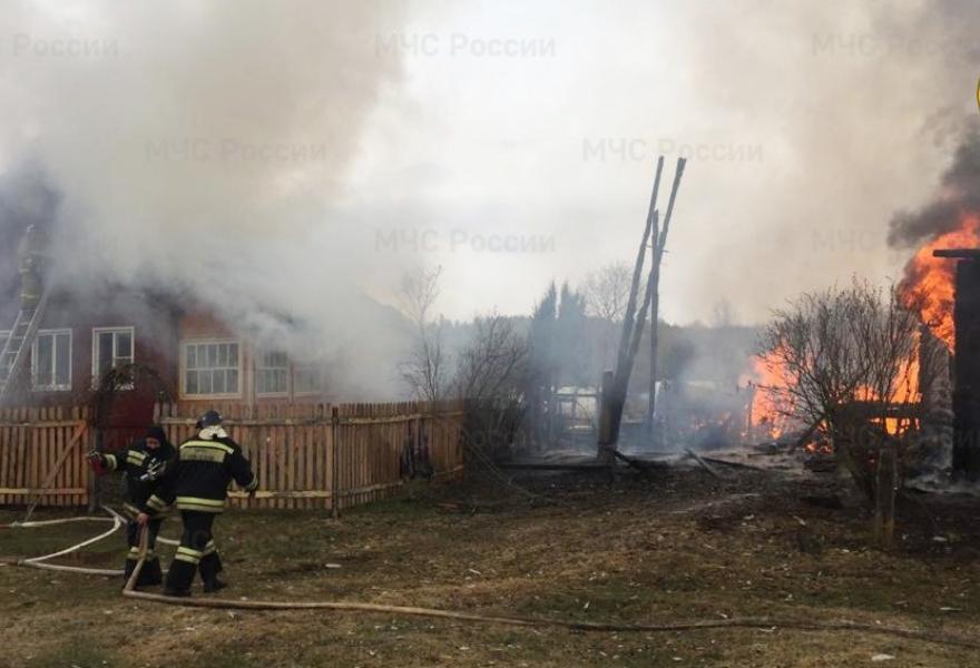 Этой весной пожарным Тверской области удалось спасти от огня более 200 домов