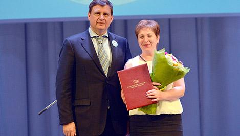 Андрей Епишин поздравил тверских медиков с профессиональным праздником