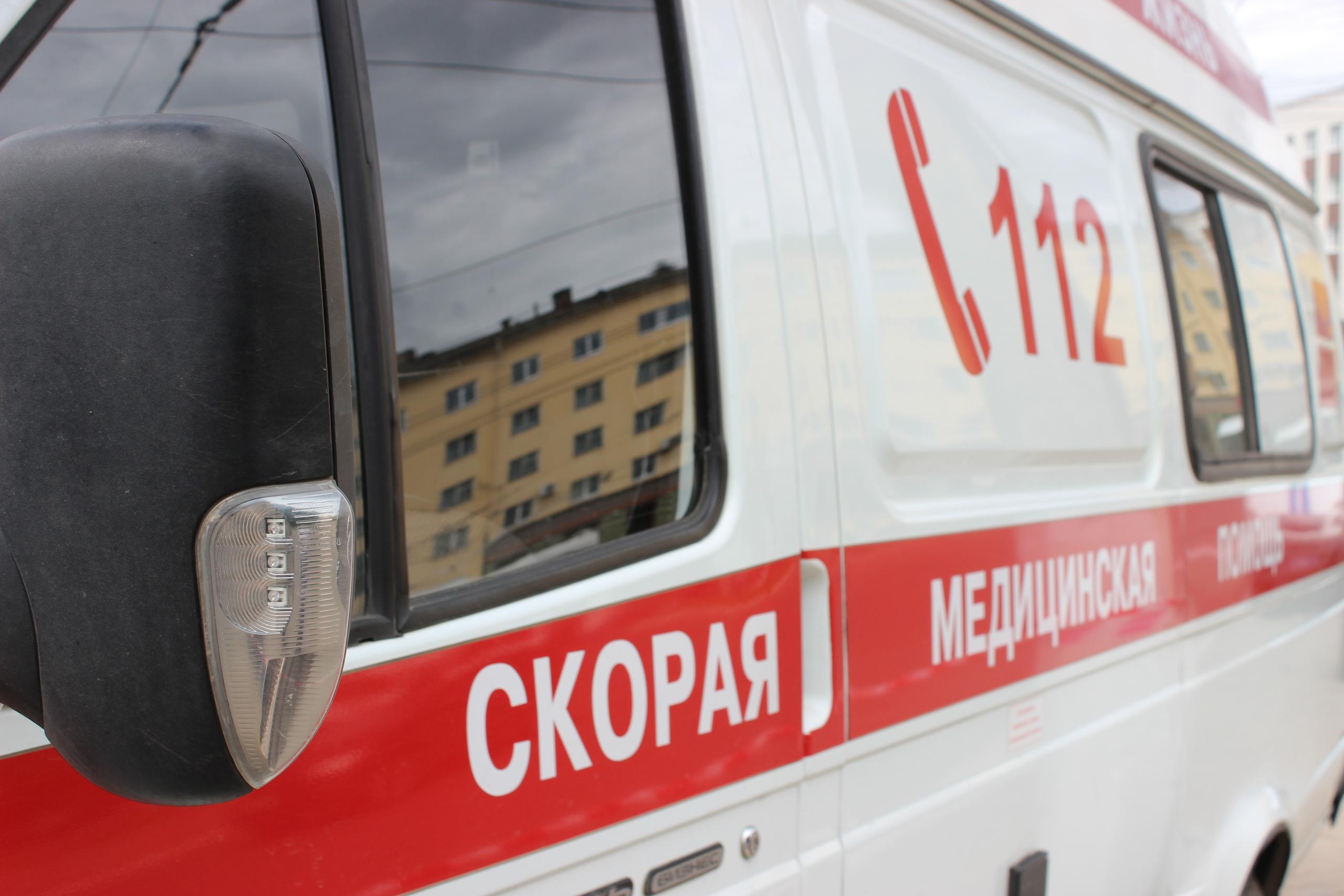 В Тверской области два человека получили травмы в вылетевшей в кювет легковушке - новости Афанасий