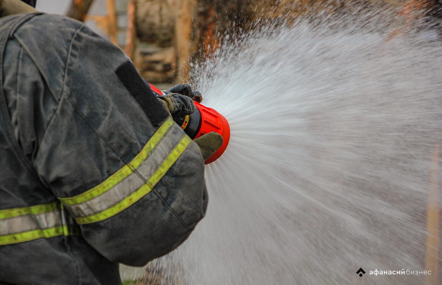 В Твери горит дом в микрорайоне «Юность» - новости Афанасий