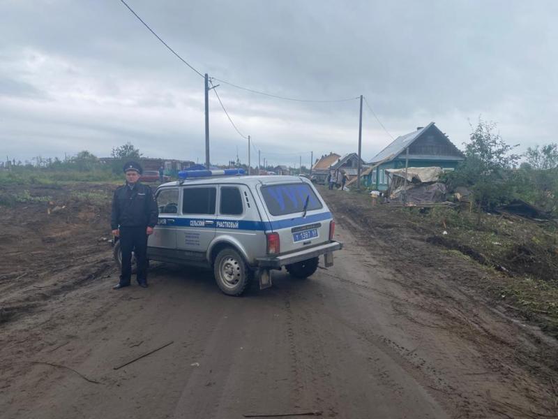 Полиция охраняет дома жителей Андреаполя от мародеров