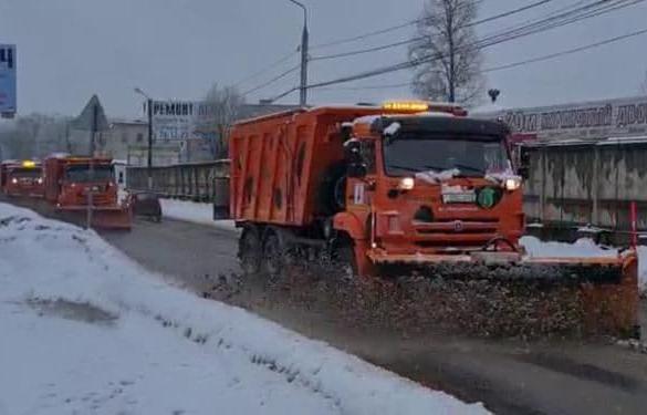 Улицы Твери расчищают от снега - новости Афанасий