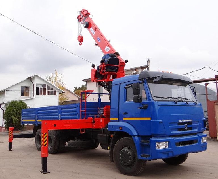 ВТБ Лизинг передал машины КАМАЗ на 59 млн руб. грузоперевозчику в Санкт-Петербурге