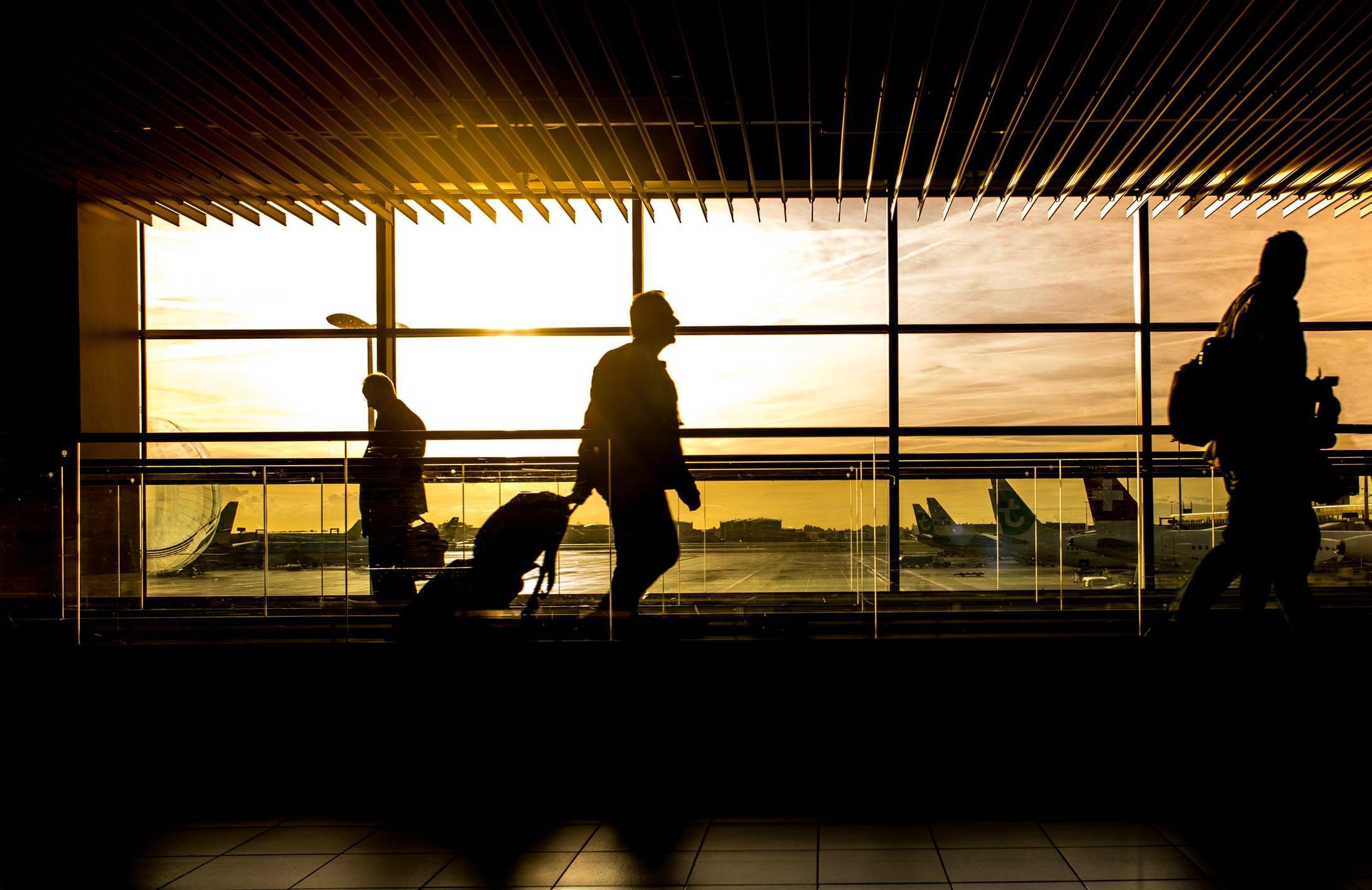Россия возобновляет авиасообщение с шестью странами - новости Афанасий