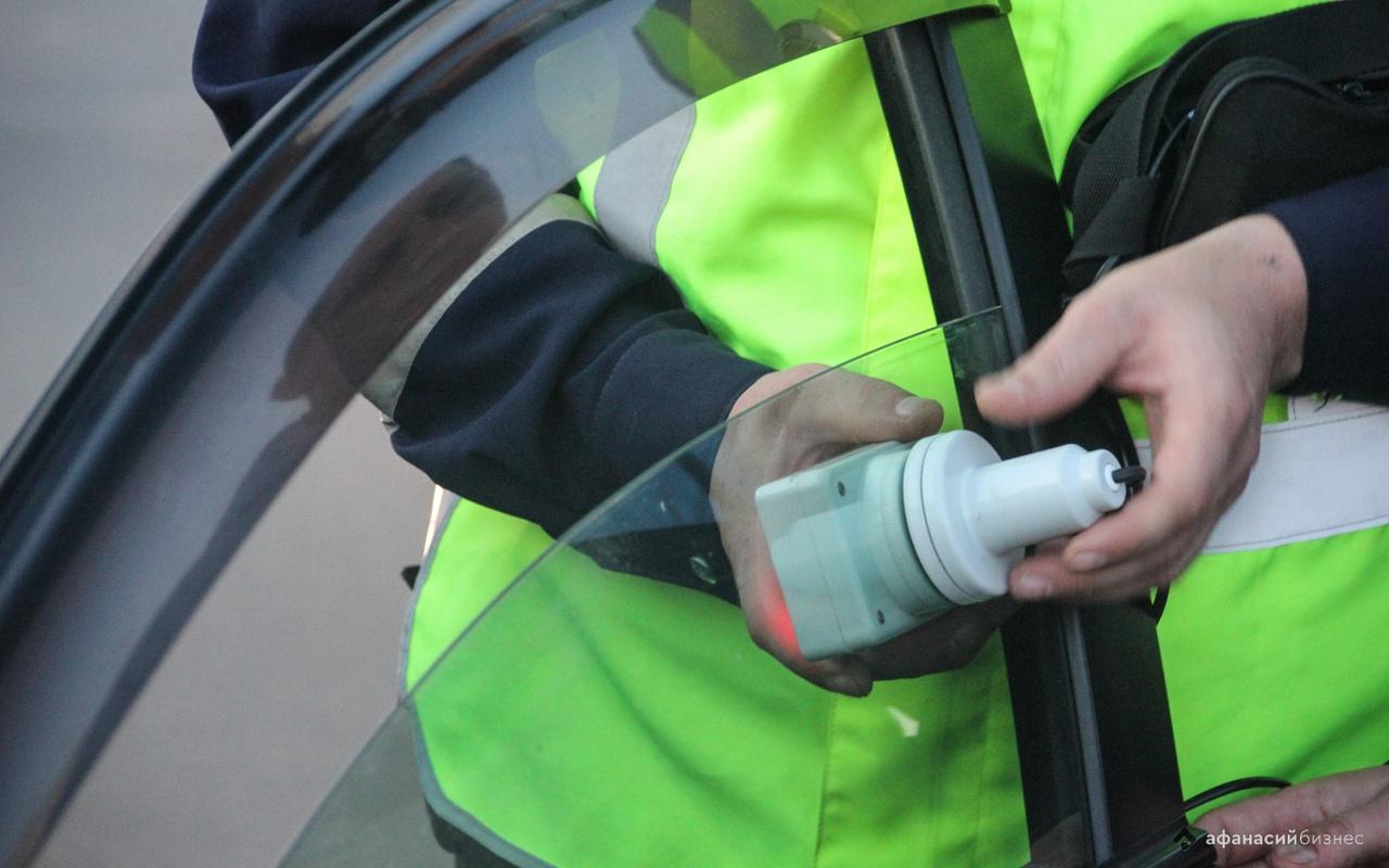 В России изменятся требования к тонировке автомобилей - новости Афанасий