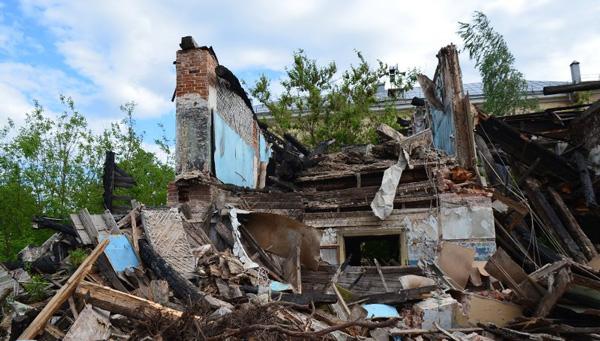 В Спирово уничтожен единственный сохранявшийся образец деревянного храма проекта архитектора Александра Каминского