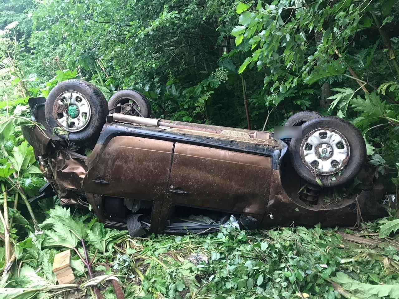 Водитель погиб в перевернувшемся в Тверской области кроссовере - новости Афанасий