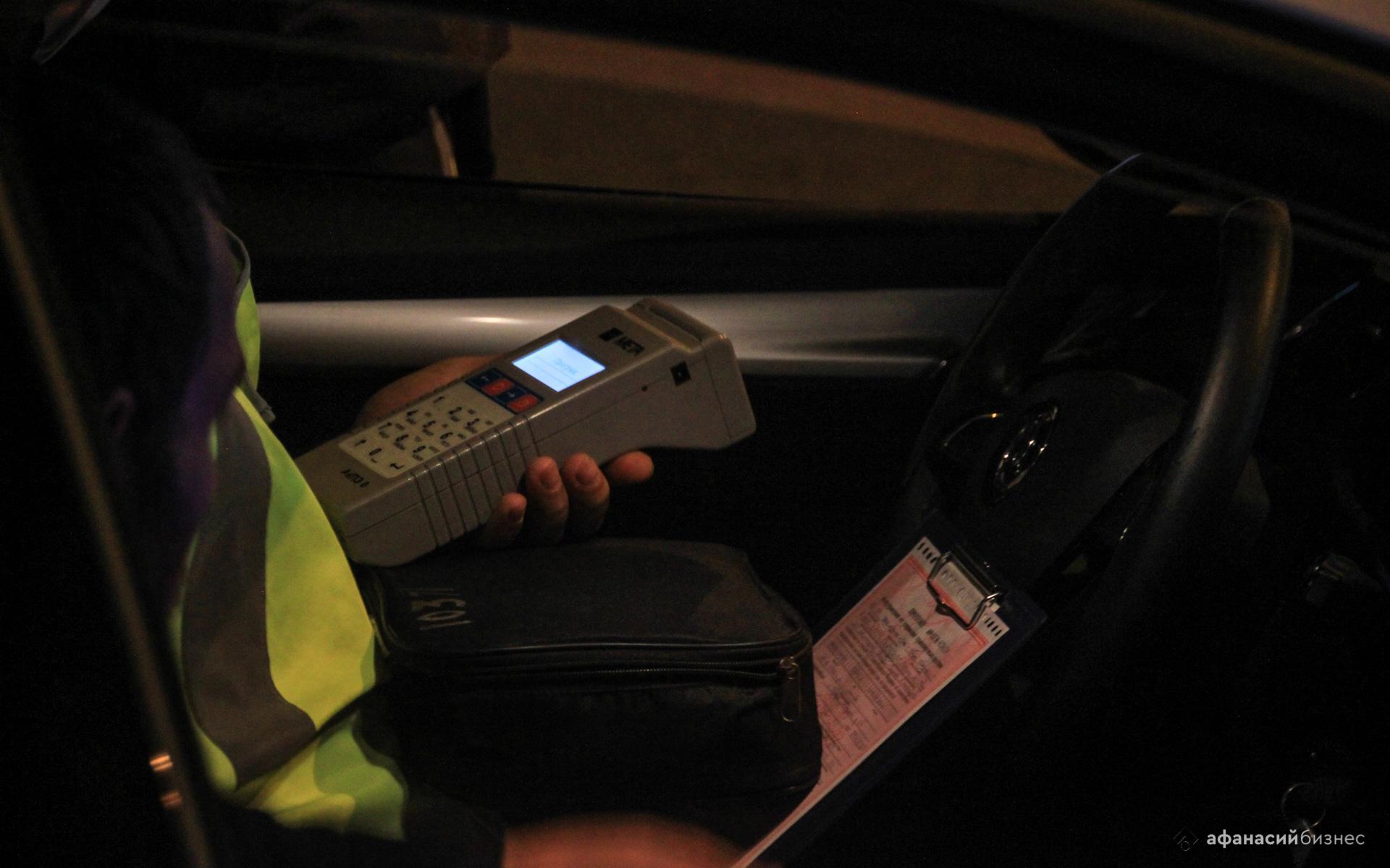Под Тверью автоинспекторы остановили отметившего Новый год пьяного водителя - новости Афанасий