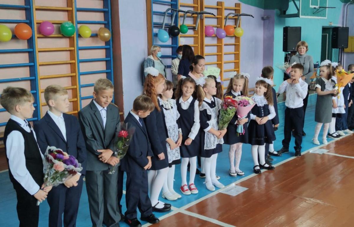 Учебный год в сельской школе в Кимрском районе начался с праздника - новости Афанасий