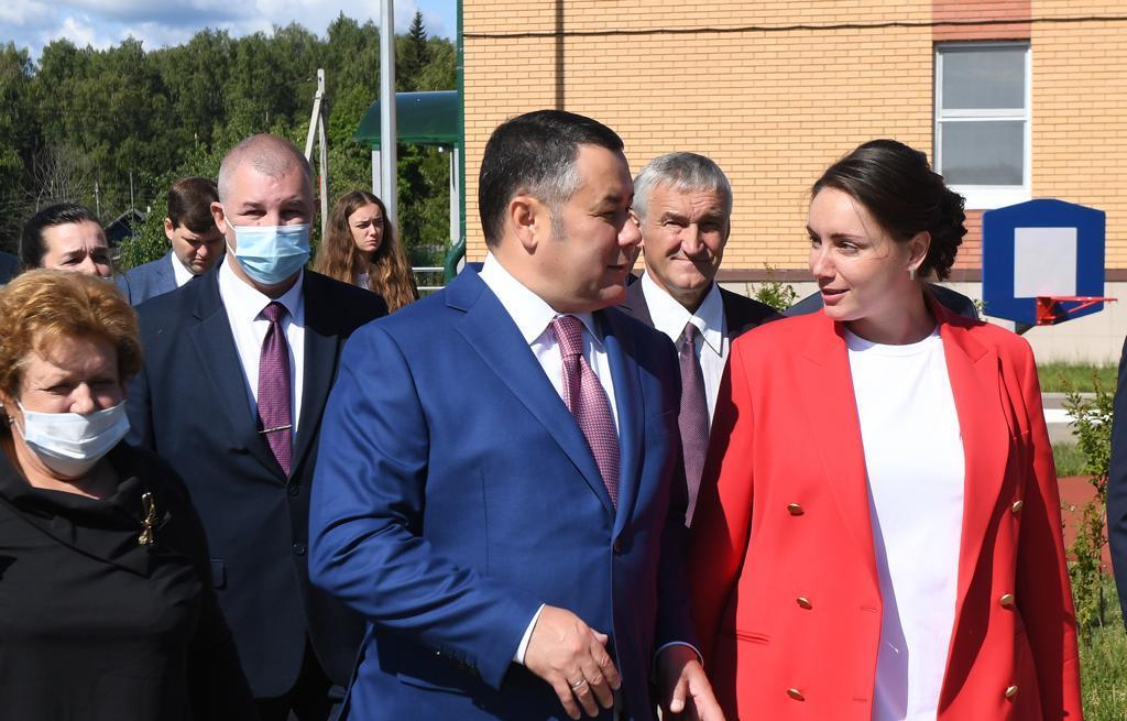 Игорь Руденя дал поручения по дальнейшему благоустройству территории нового детского сада в поселке Ривицкий Максатихинского района