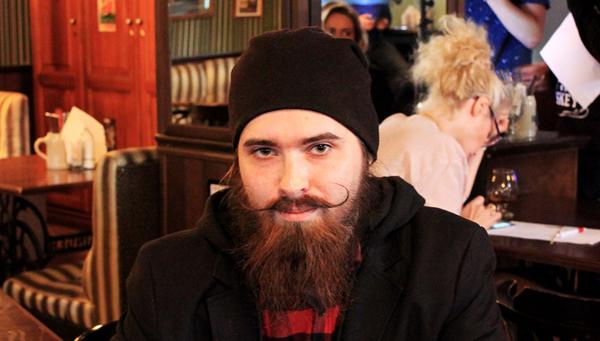 «Если ты любишь бороду, отпусти ее!» — в Твери прошел II ежегодный фестиваль бород, усов и бакенбард
