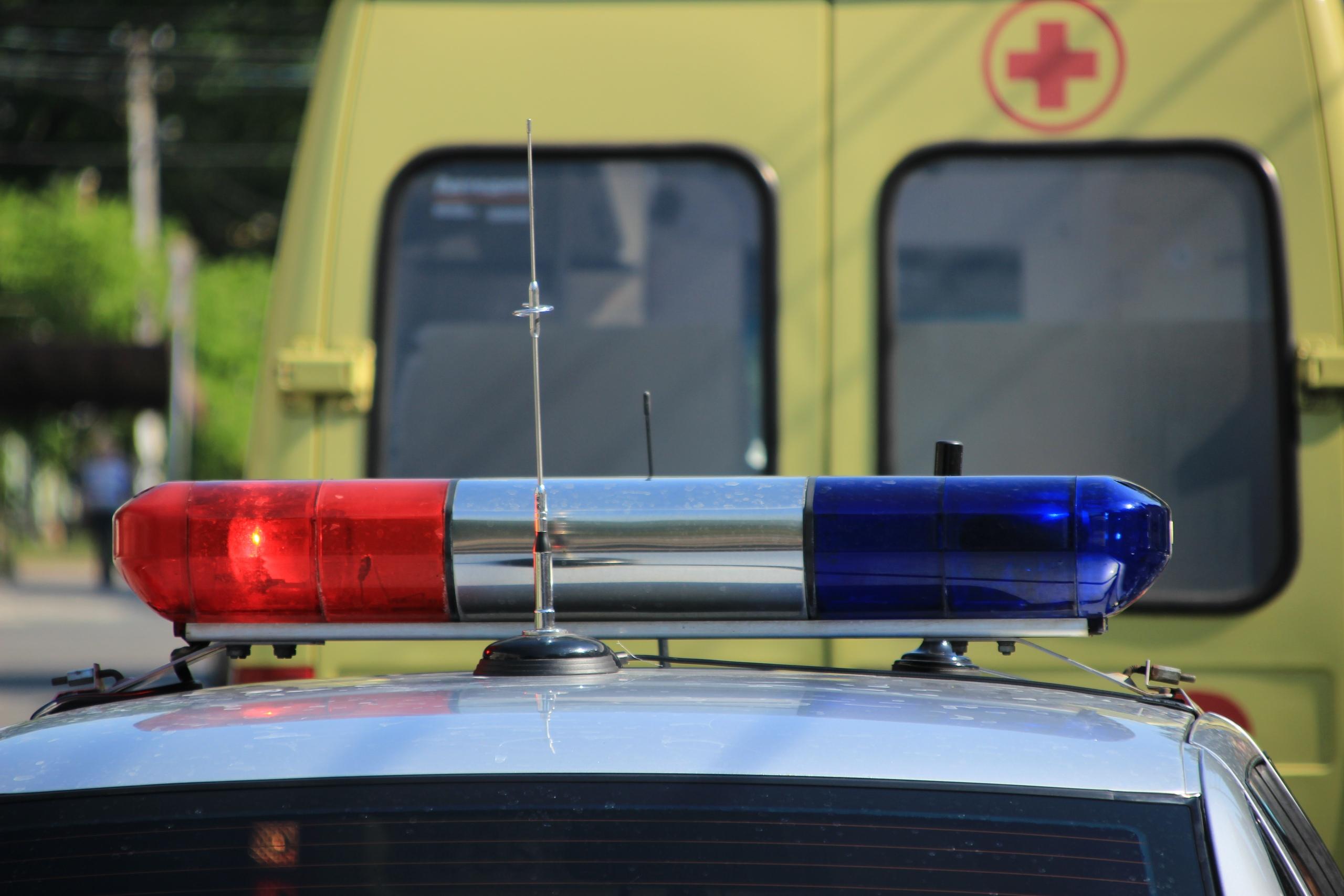 В Твери легковушка после столкновения вылетела на тротуар и сбила пешехода - новости Афанасий