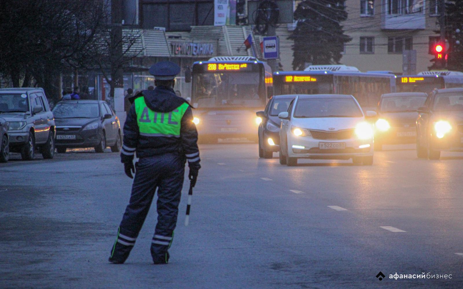 В Твери разыскивают очевидцев наезда на велосипедиста на улице Фадеева