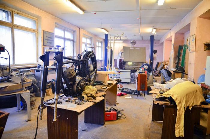 Студенты тверского колледжа восстанавливают «копейку» из оригинальных деталей советского периода