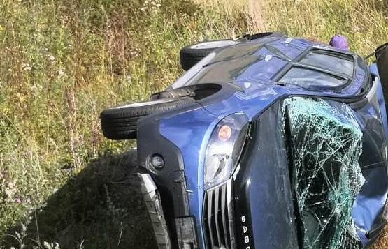 В Тверской области в вылетевшем с дороги автомобиле пострадали два человека - новости Афанасий