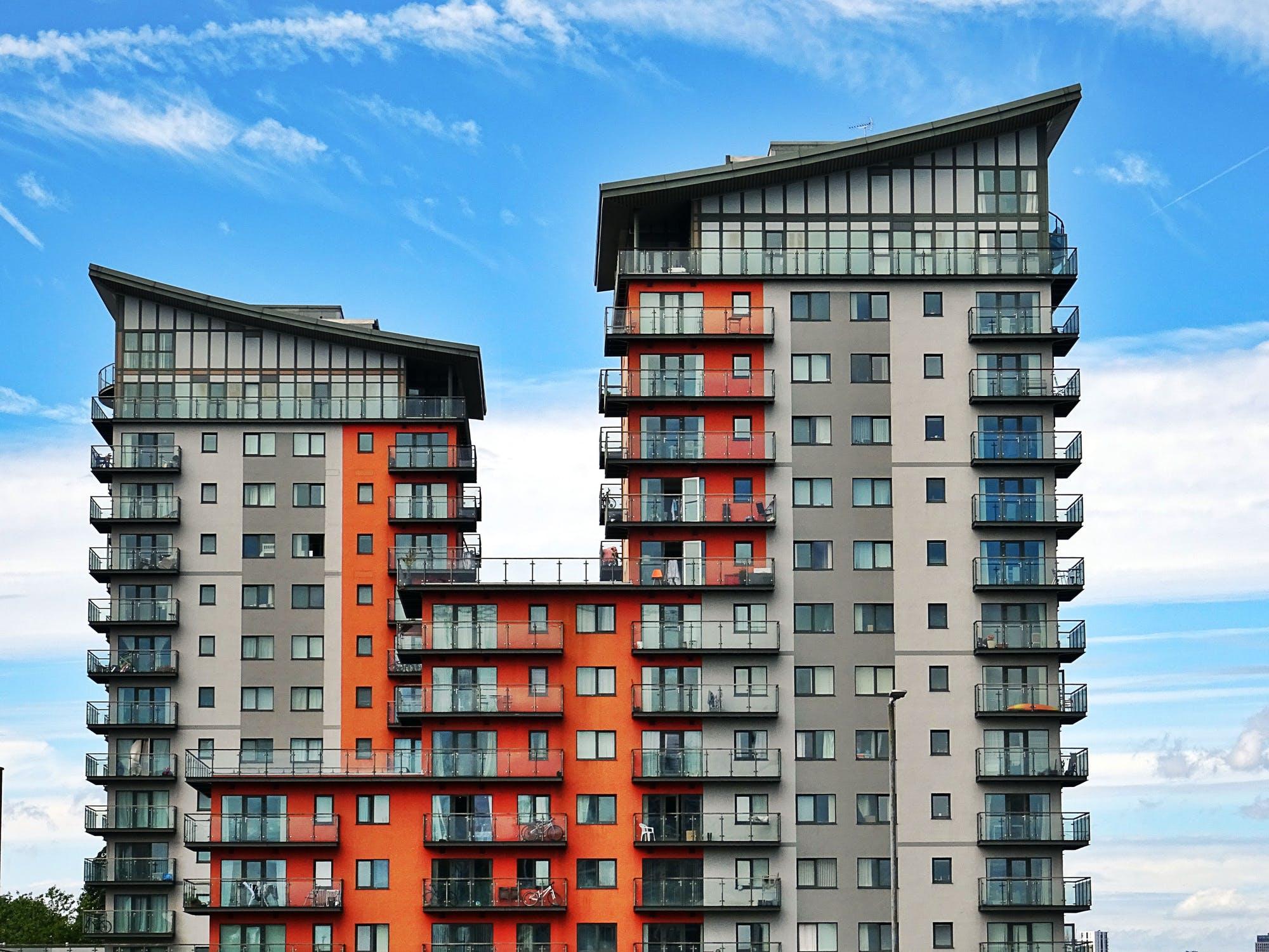 ВТБ: спрос на ипотеку с господдержкой вырос в 1,5 раза после снижения ставки - новости Афанасий
