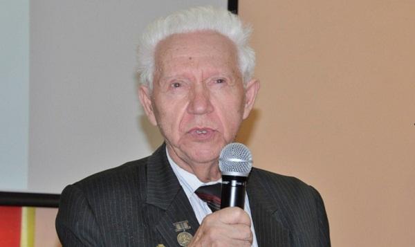 В память о выдающемся тверском филологе и лингвисте Николае Лебедеве установили мемориальную доску