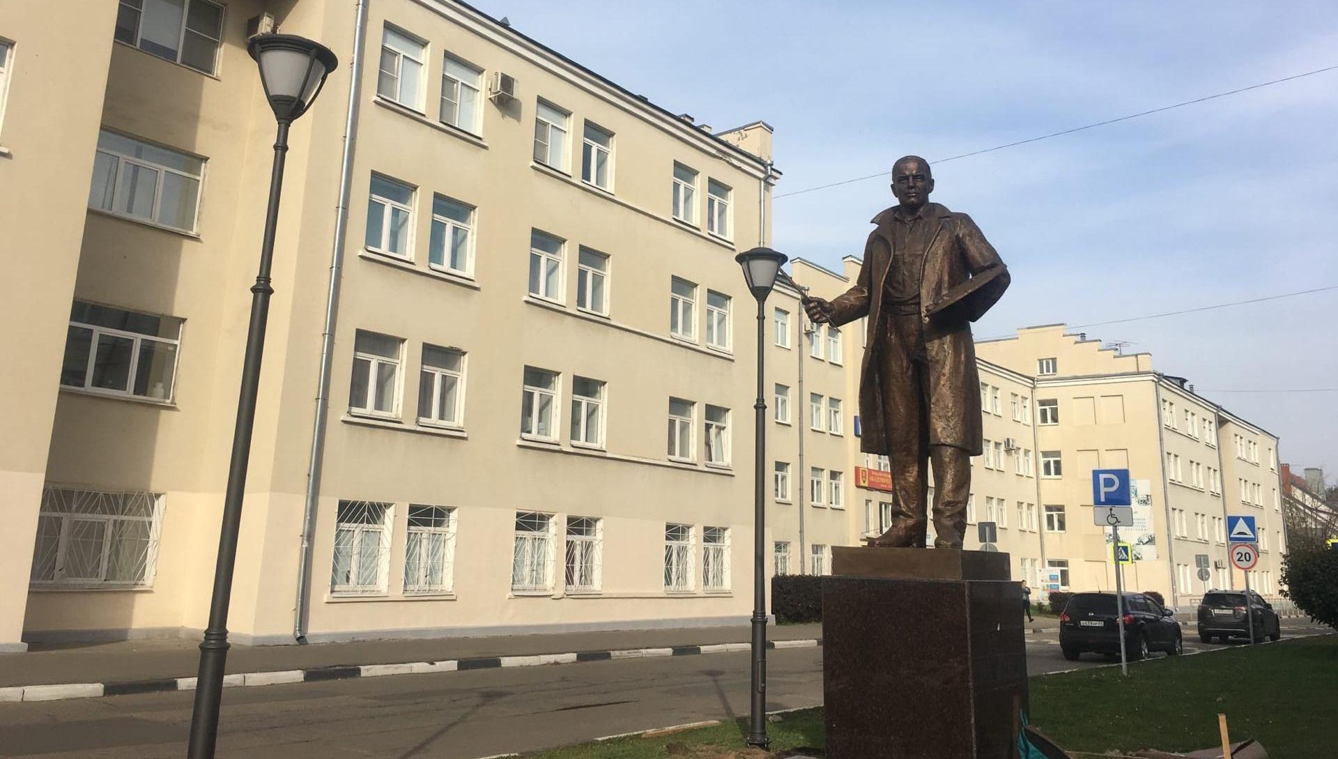 Памятник художнику Ефрему Зверькову откроют в Твери - новости Афанасий