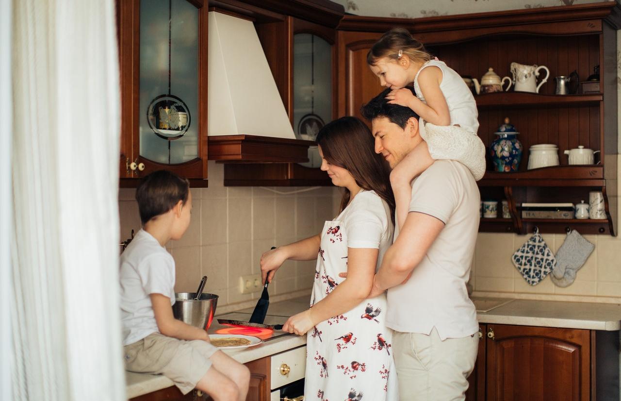 ВТБ начинает прием заявок по новым условиям семейной ипотеки - новости Афанасий