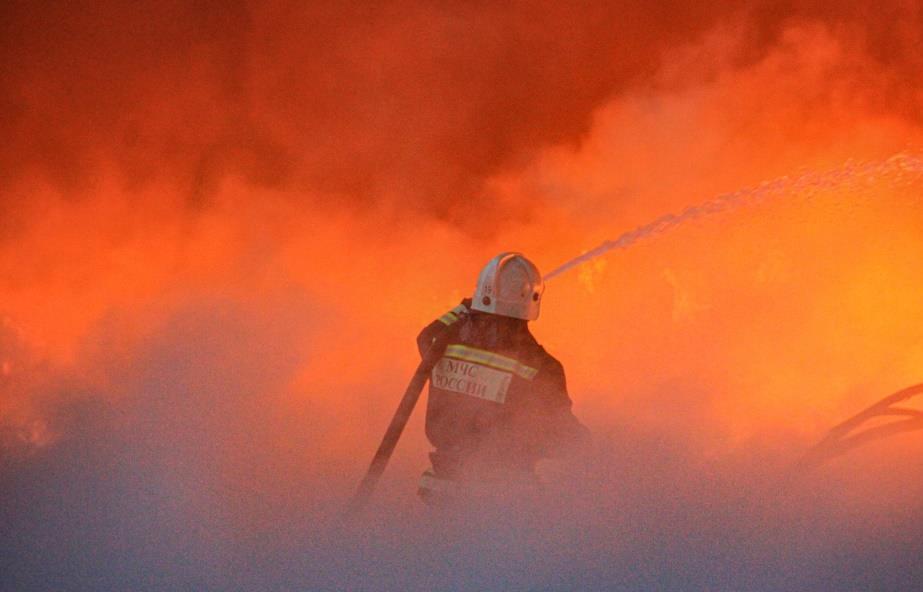 В Твери на улице Индустриальной горел ангар - новости Афанасий