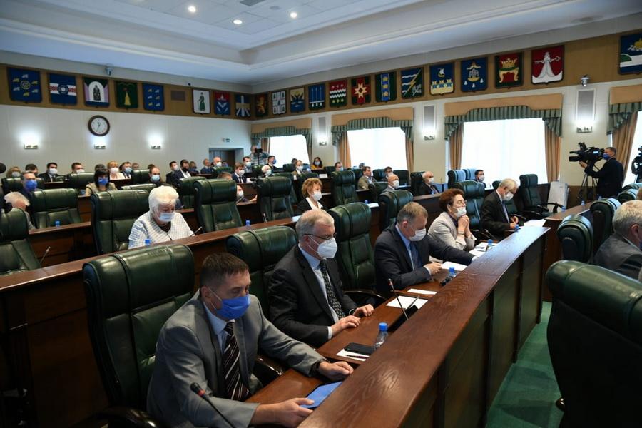 Законодательное Собрание рассмотрело исполнение бюджета ТФОМС за 2019 год