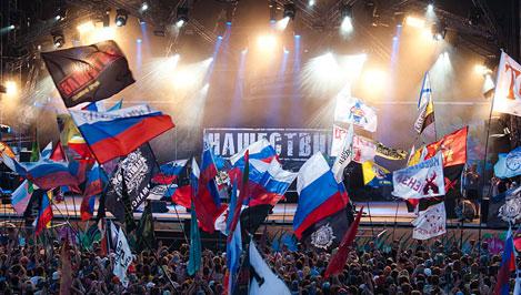 Лоза иШнуров спорят запост президента рок-фестиваля «Нашествие»
