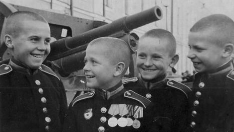 70 лет назад в Калининском (ныне Тверском) СВУ прозвенел первый звонок на урок