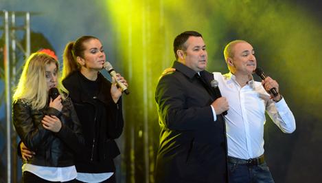 Жители Твери спели «Народное караоке» вместе с «SOPRANO Турецкого»