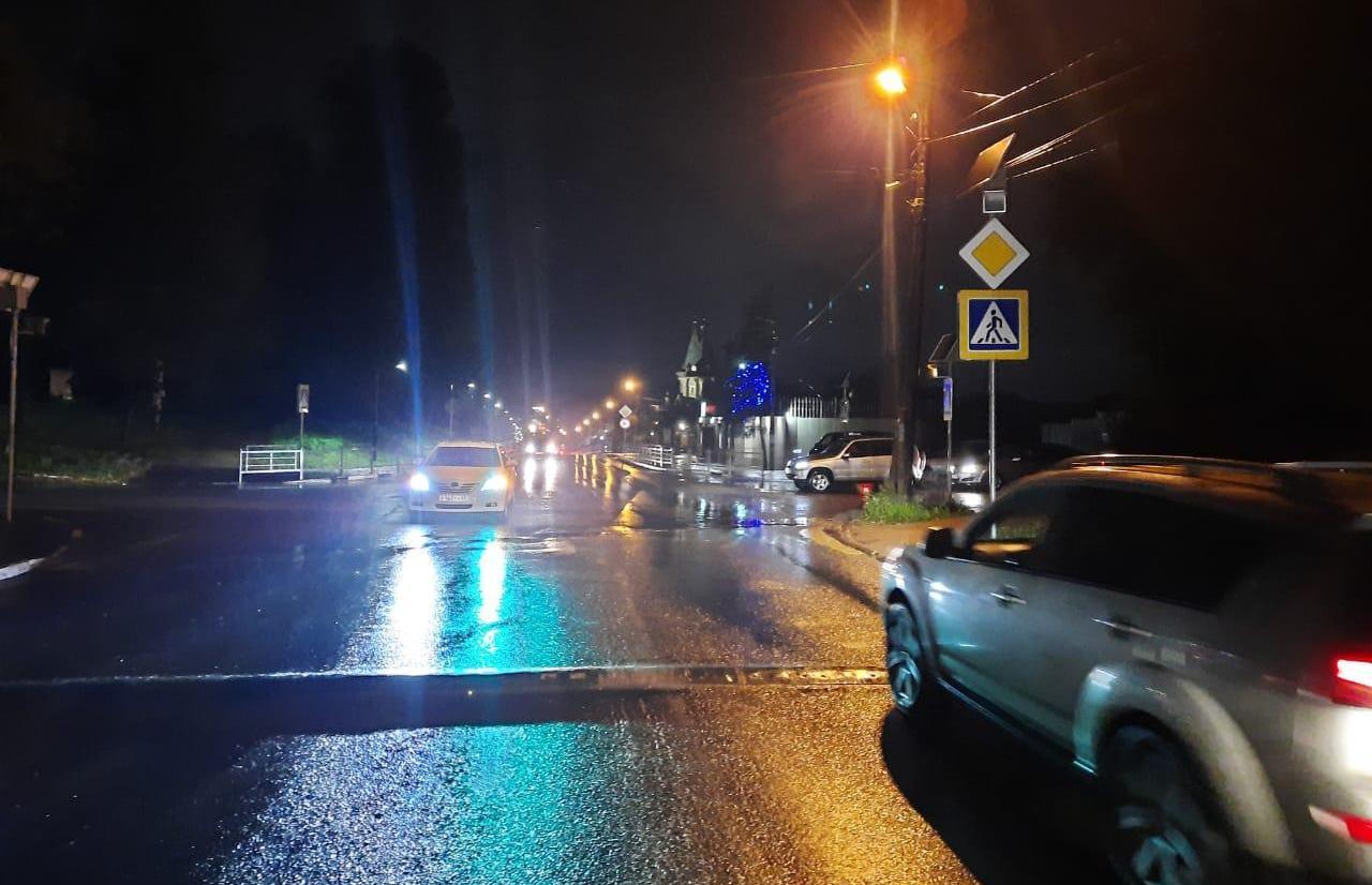 В Ржеве невнимательный водитель сбил на переходе 80-летнюю женщину - новости Афанасий