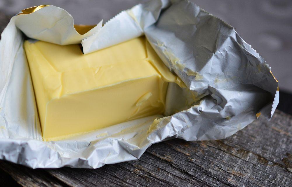 Чаще всего фальсифицируют сливочное масло и питьевое молоко - новости Афанасий