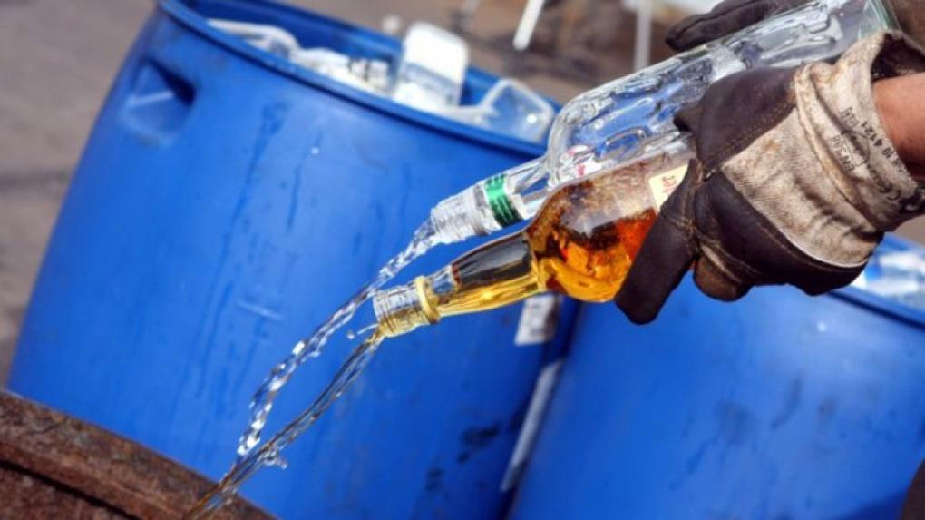 Житель Тверской области заплатит штраф за хранение «паленого» алкоголя